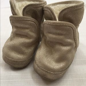 Other - Robeez winter booties, 6-12 mo